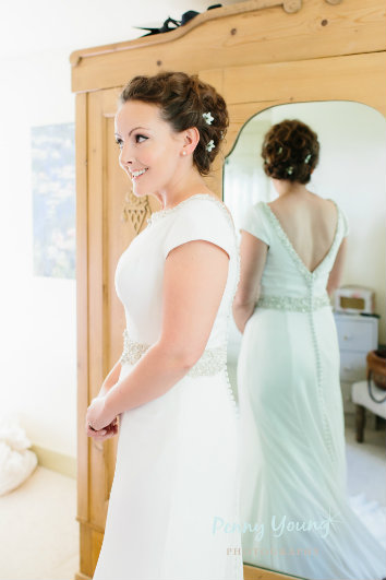 bridal-wedding-hair-stylist-the rectory-crudwell-cotswolds 12