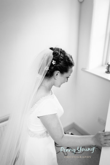 bridal-wedding-hair-stylist-the rectory-crudwell-cotswolds 14