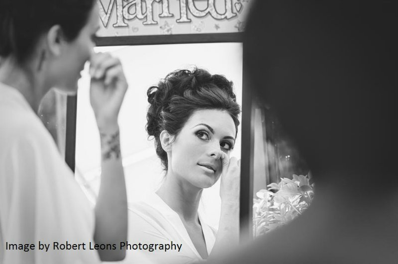 Hair-by-sheenasweddinghairstyles-Cheltenham-bridal-hairstylist-image by Robert Leons photography