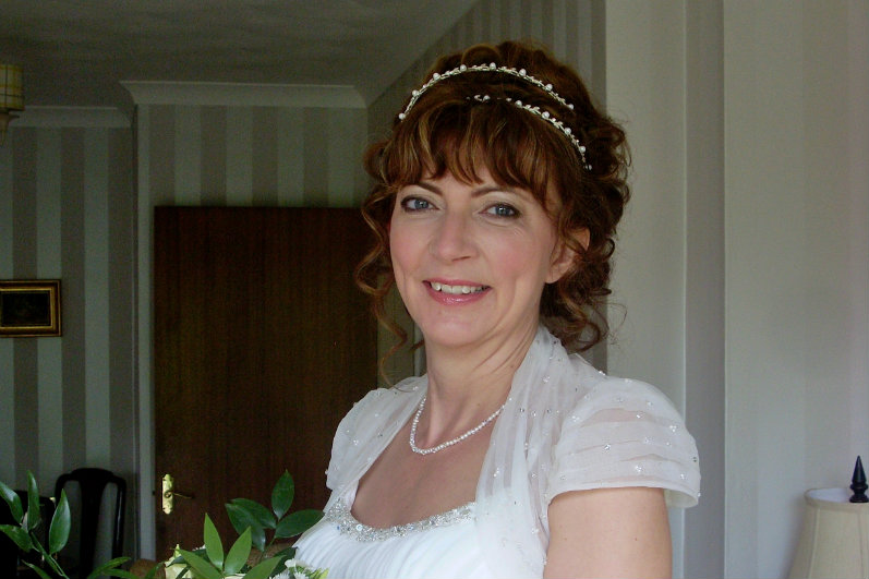 gloucestershire_wedding_hairstylist-pny (2).2