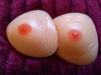 Triangle 600g - One with a blemish in the nipple - PAIR