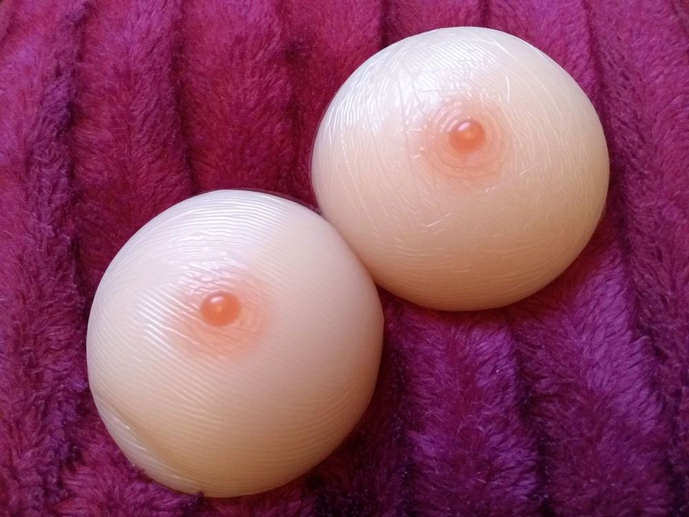 Round Style Breast Form 400g - One With A Nipple Blemish - One A Little Mis