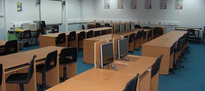 school-computer-suite