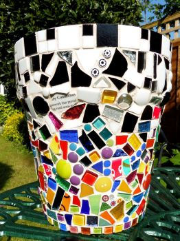 art trail pots 022