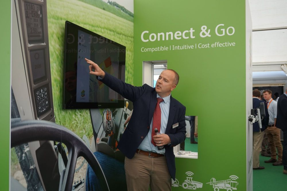 Oliver Wood of Hutchinsons launches Connect at Cereals
