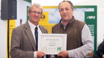 1262019-Beet-Yield-Winner-Left-to-Right-Darryl-Shailes-of-Hutchinsons-with-
