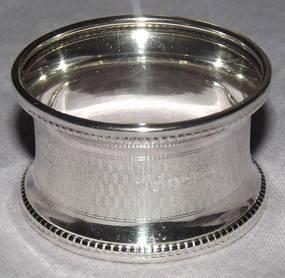Silver Napkin Ring Birmingham 1919 (4)