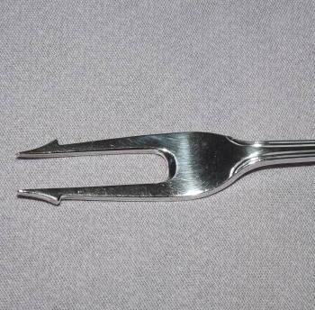 Edwardian Solid Silver Pickle Fork London 1908 (4)