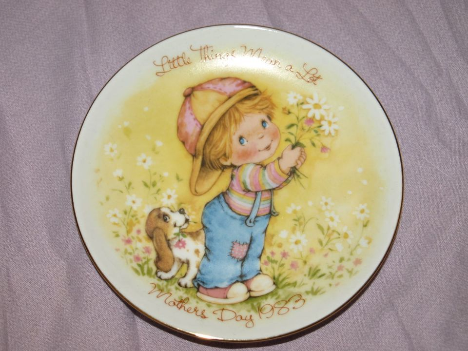 Avon Pin Dish, Mothers Day 1983.