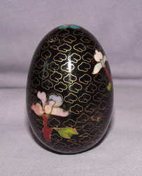 Cloisonne Black Egg. (2)