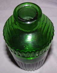 Green Glass Apothecary Bottle (4)