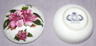 Aynsley Chelsea Flowers Trinket Box (3)