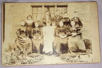 Victorian Cabinet Photograph Family Group