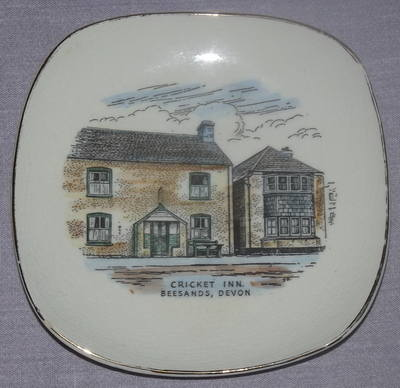 Dartmouth Pottery Dish, Cricket Inn Beesands Devon.