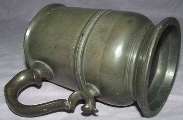 Early Victorian 1 Pint Pewter Tankard (6)