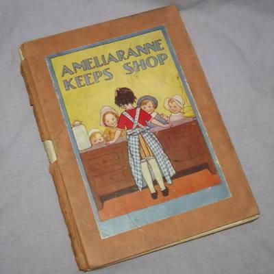 Ameliaranne Keeps Shop.