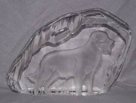 Labrador Dog Glass Paperweight Sculpture (2)