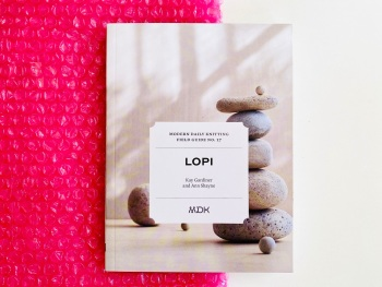 Modern Daily Knitting Field Guide no 17: Lopi