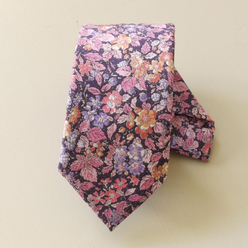 Gentleman's hand stitched tie - Prince George