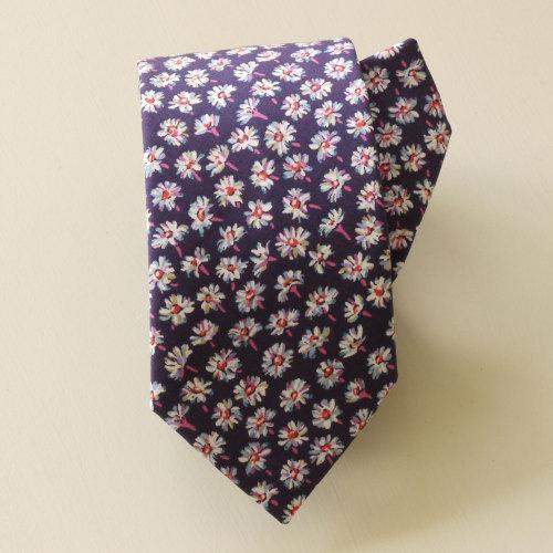 Handstiched Liberty tana lawn tie - Bellis
