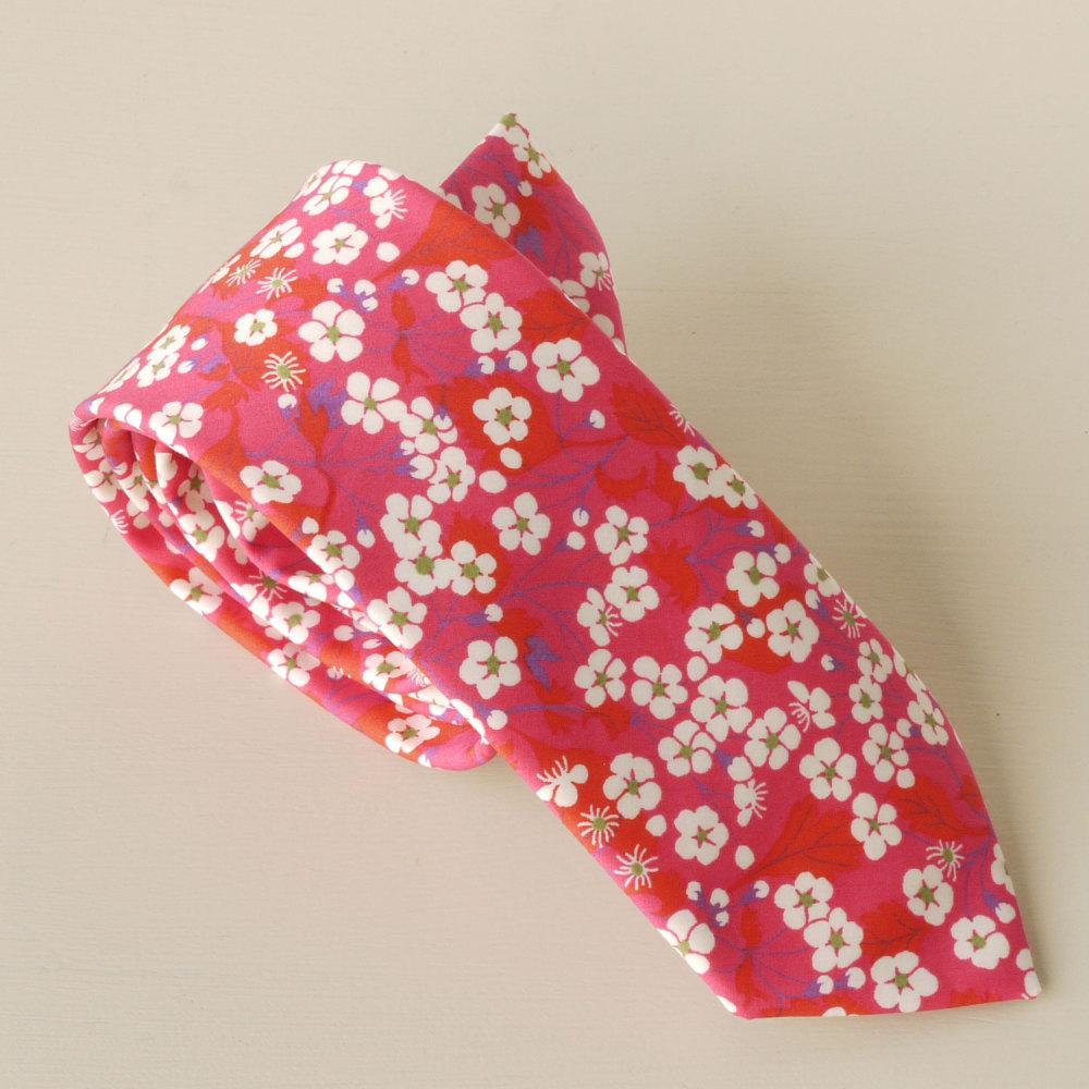 Gentleman's hand-stitched pink tie - Mitsi hot pink