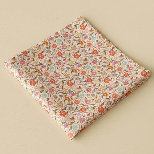 Elizabethan style print pocket square