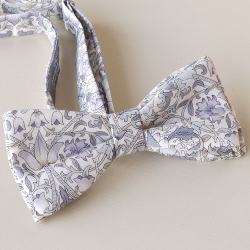 Liberty print Lodden bow tie