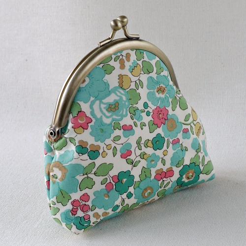 Liberty print coin purse