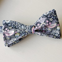 Strawberry Thief black Liberty print bow tie