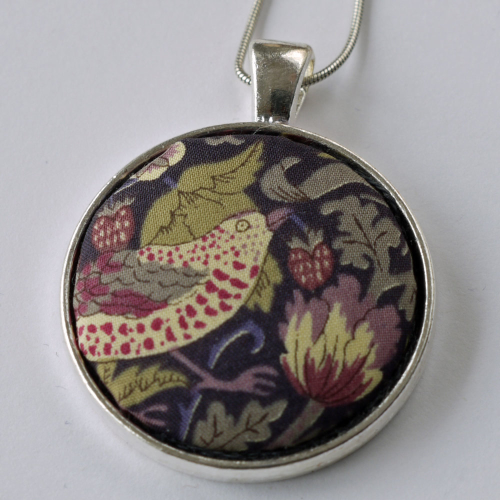 Liberty print pendant - Strawberry Thief brown