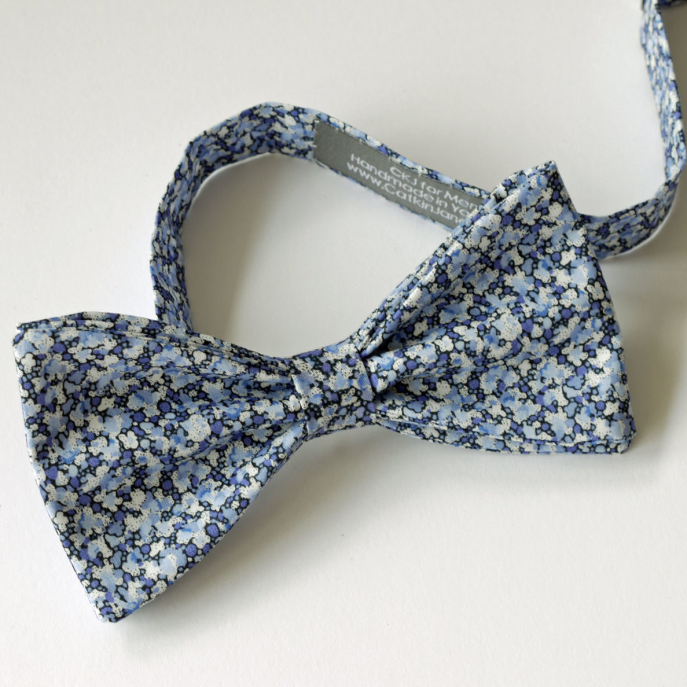 Liberty tana lawn bow tie - Pepper blue