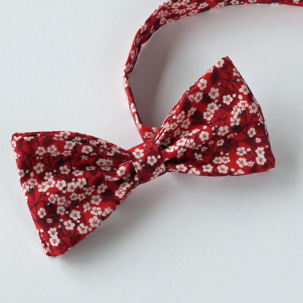 Liberty bow tie - Mitsi Valeria red - festive bow tie