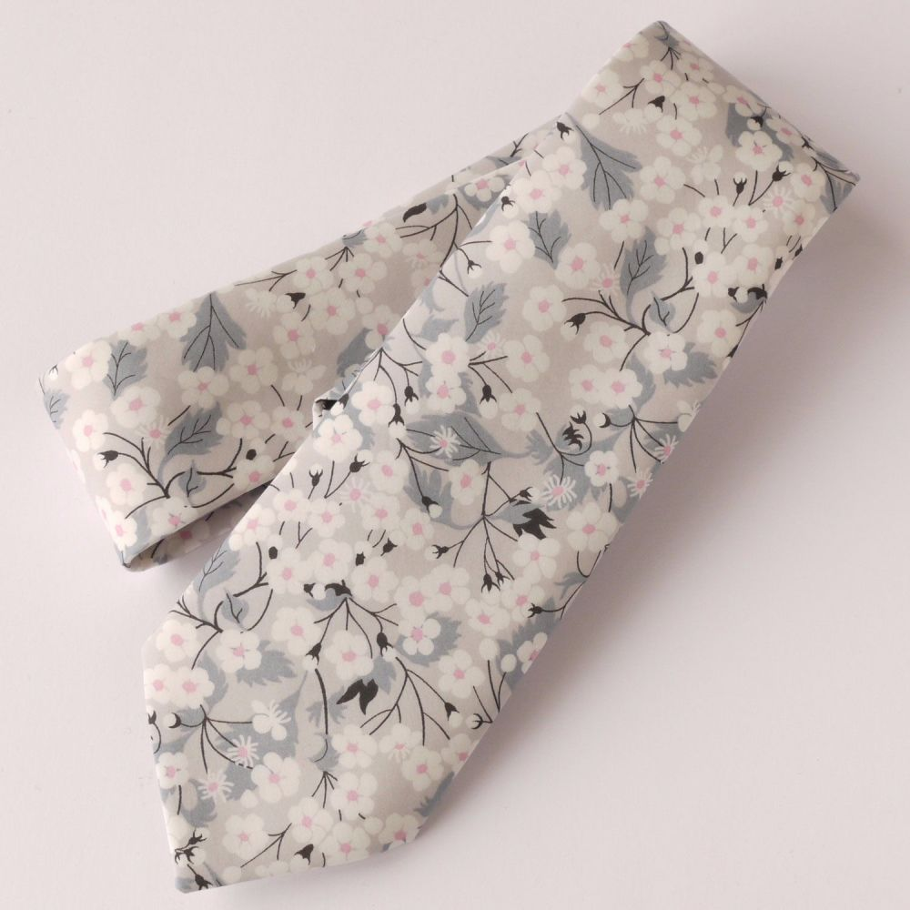 Gentleman's hand-stitched floral blue tie - Mitsi grey