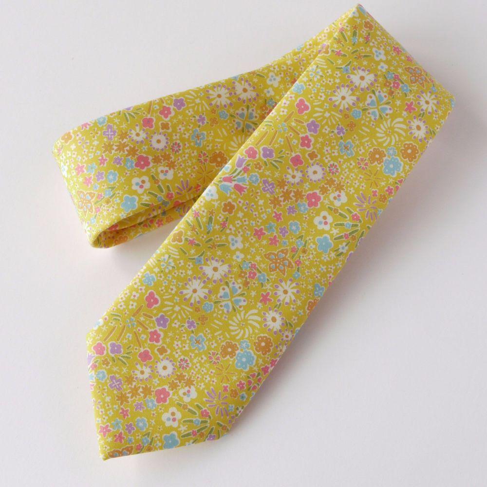 Yellow Liberty print Kayoko hand-stitched gentleman's tie