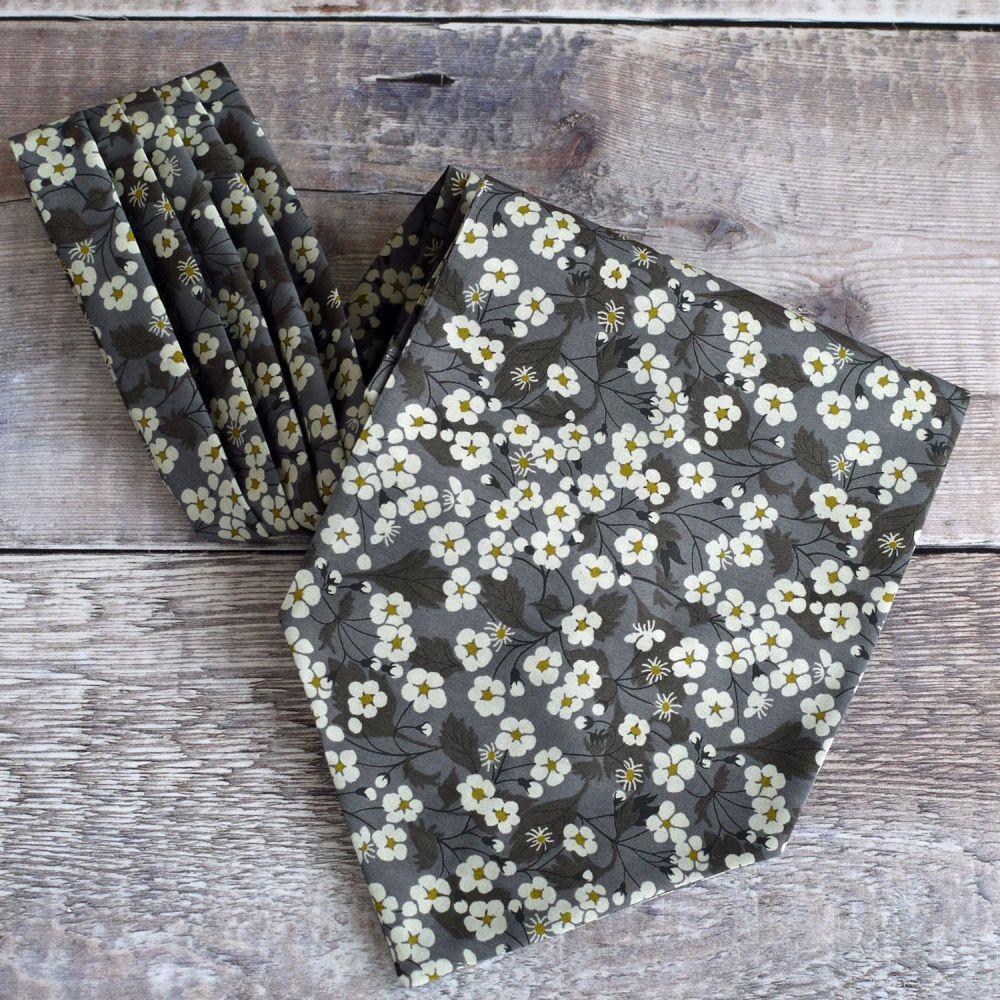 Floral Liberty print cravat - Mitsi brown