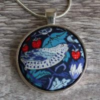 Liberty print pendant - Strawberry Thief navy