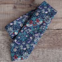 Gentleman's hand stitched tie - Strawberry Thief navy