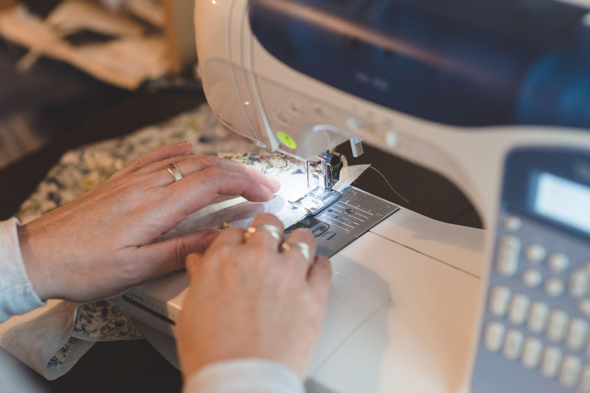 sewing men's ties