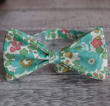 Floral bow tie - Liberty tana lawn Betsy green