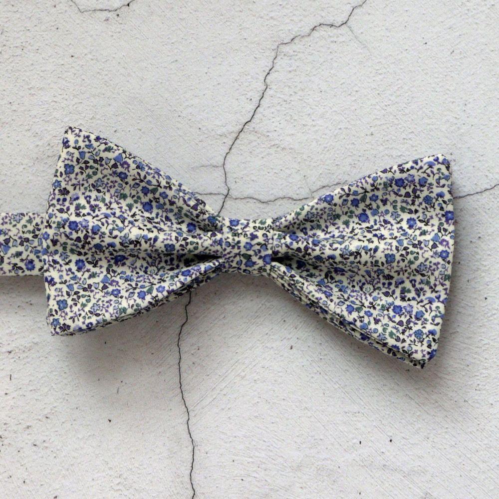 Newland blue Liberty print bow tie