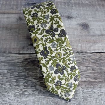 Floral Liberty print tie - Meadow green