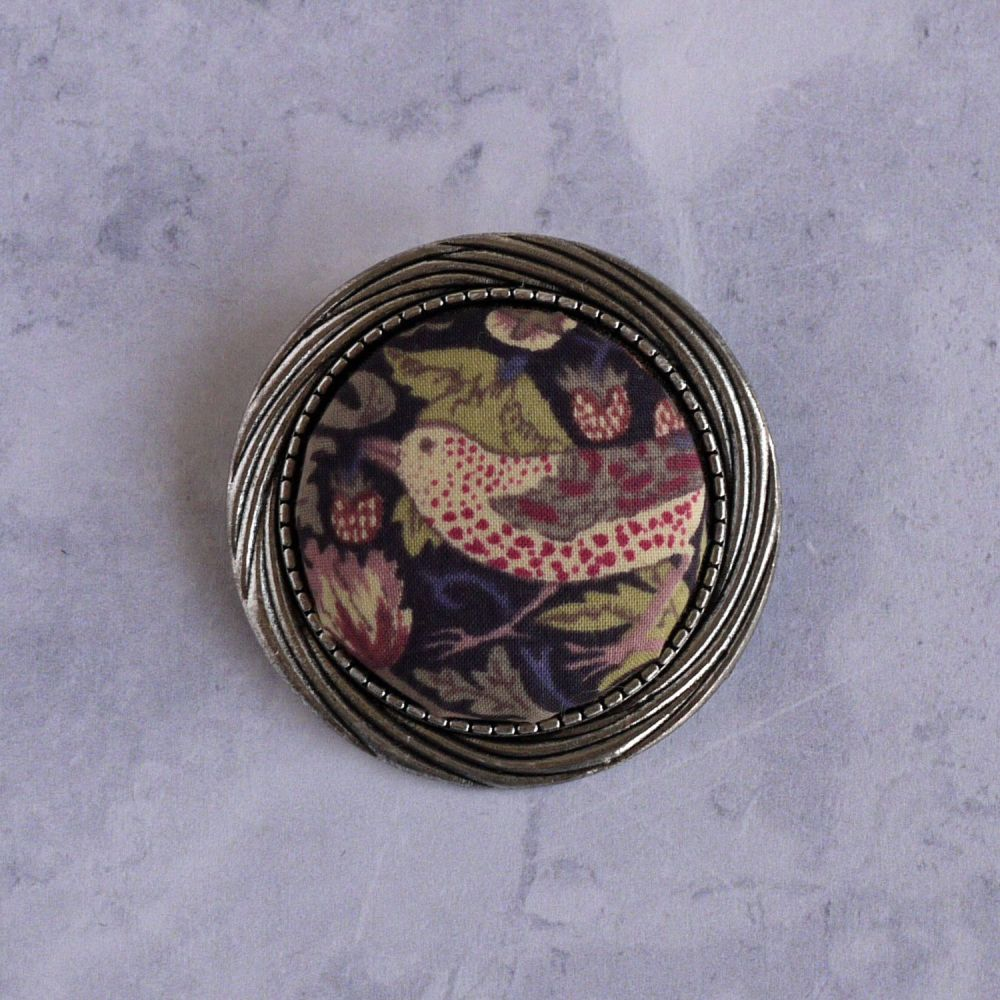 Liberty print brooch - Strawberry Thief