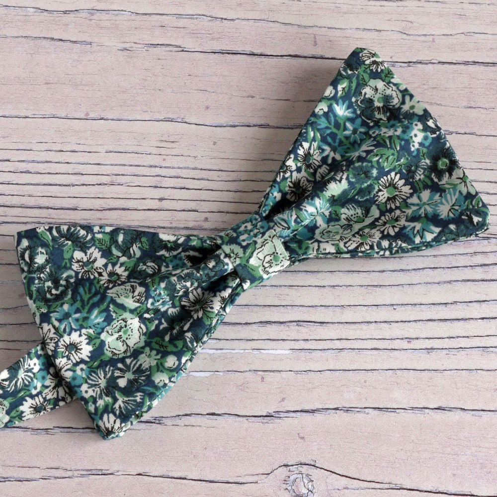 Custom order for bow tie, pocket square, cufflinks, plus boy's bow tie Libe