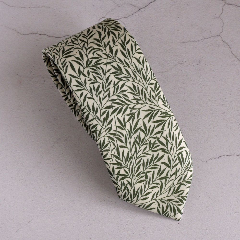Liberty leaf print tie - Willow Wood green