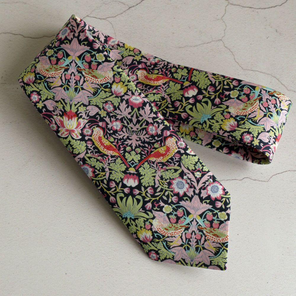Gentleman's hand stitched tie - Strawberry Thief purple