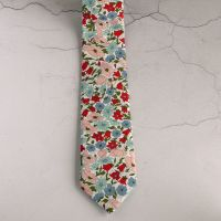 Floral tie made from Liberty fabric - Poppy & Daisy pink