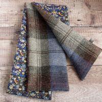 Plaid tweed and Strawberry Thief scarf