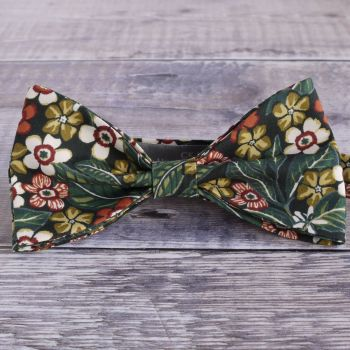 Sophie Jane floral bow tie made from Liberty tana lawn