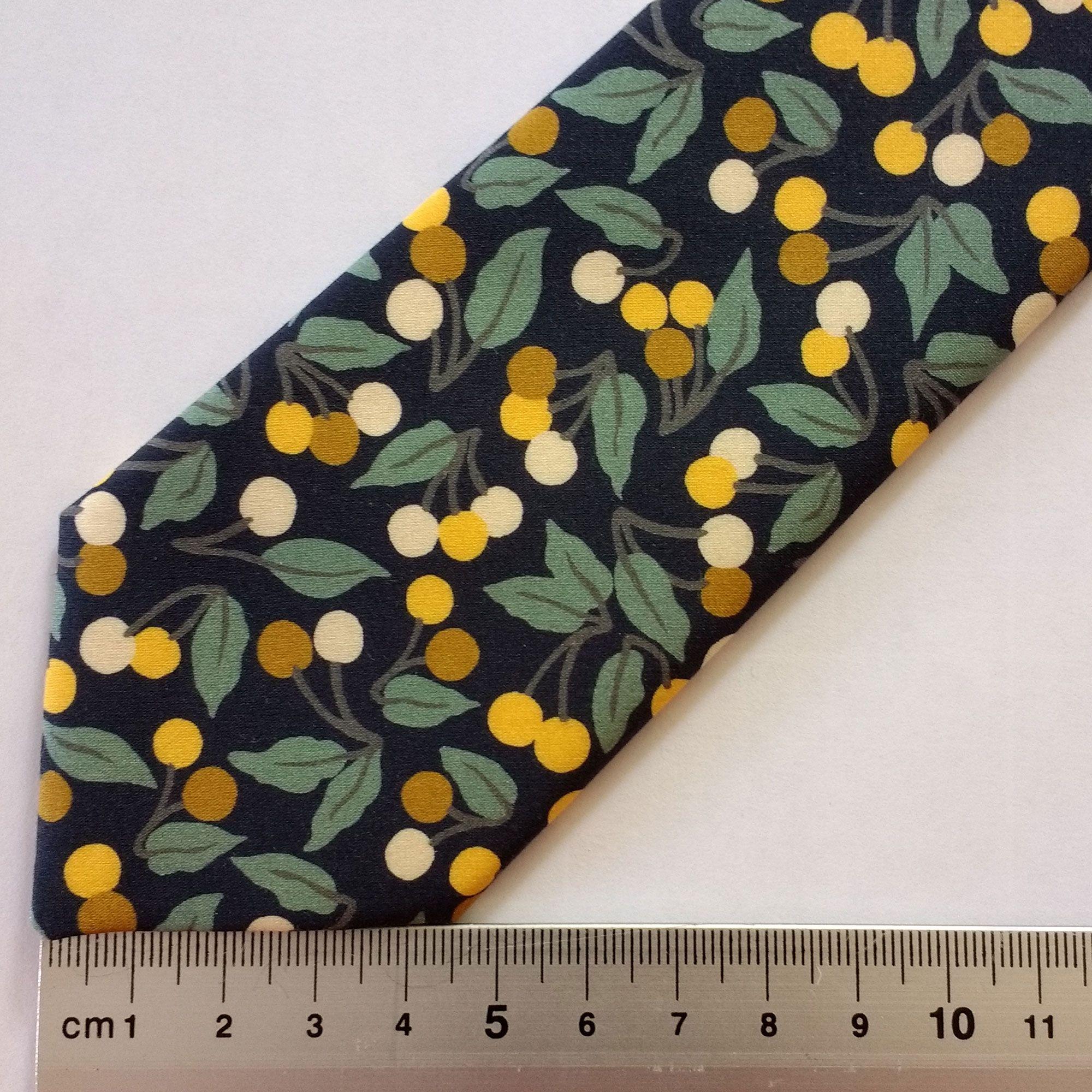 slim width tie