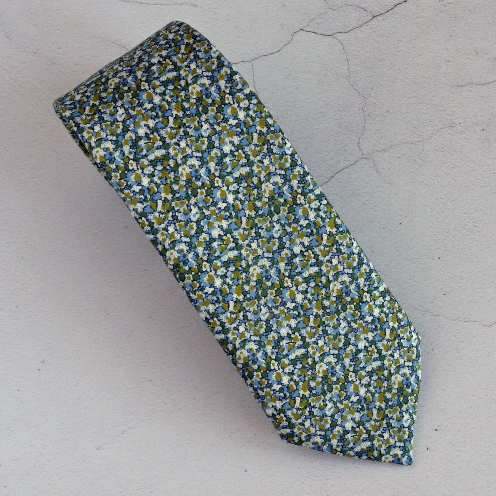 Custom order for 4 hand-stitched Liberty Pepper green ties and pocket squar